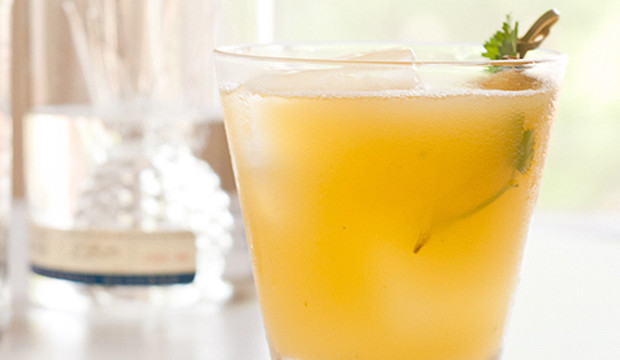 tropical cocktail recipe