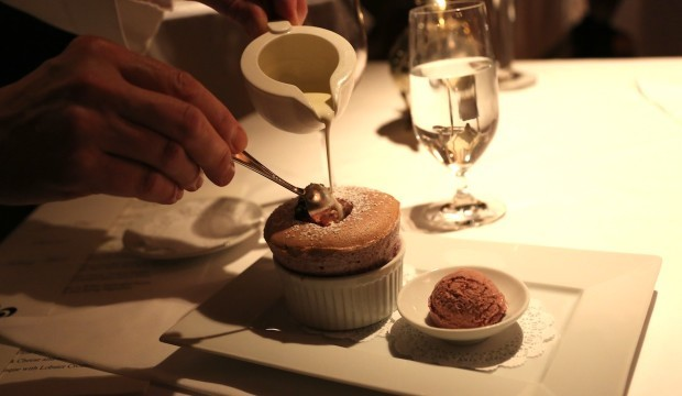blackberry-souffle-with-marscapone-sauce