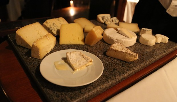 fine-ripened-new-england-and-import-cheese