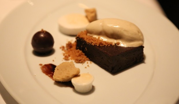 flourless-dark-chocolate-cake-graham-cracker-ice-cream