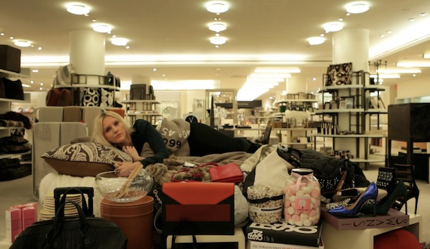 Laura Brown Finds Her Local, Featuring Laura Brown, Leandra Medine and Kelly Rutherford