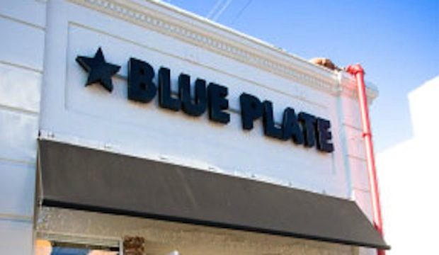 Blue Plate: Recommended by: Tracy Anderson (Tracy Anderson Method)