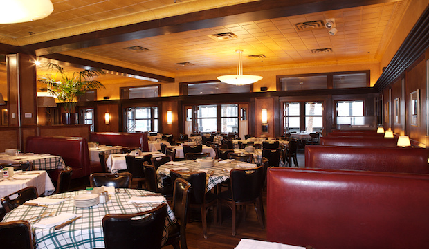 Gibsons Bar & Steakhouse: Recommended by: Anne Burrell (Chef/Host, Worst Cooks In America), Shanola Hampton (Actress)