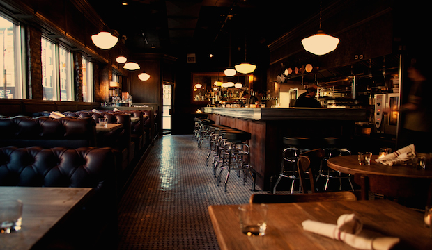 Au Cheval: Recommended by: Andrew Carmellini (Chef/Owner, The Dutch)