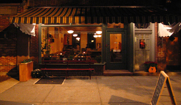 Lucali: Recommended by: Laura Maniec (Owner, Corkbuzz), Jessica Richards (Shen Beauty), Jake Lacy (Actor)