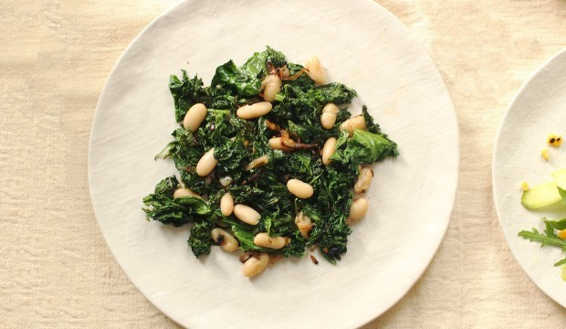 Sautéed Tuscan Kale with Cannelloni Beans