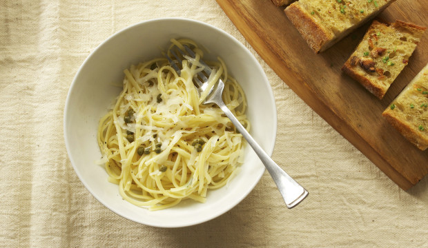 linquini-with-white-wine-sauce-and-capers