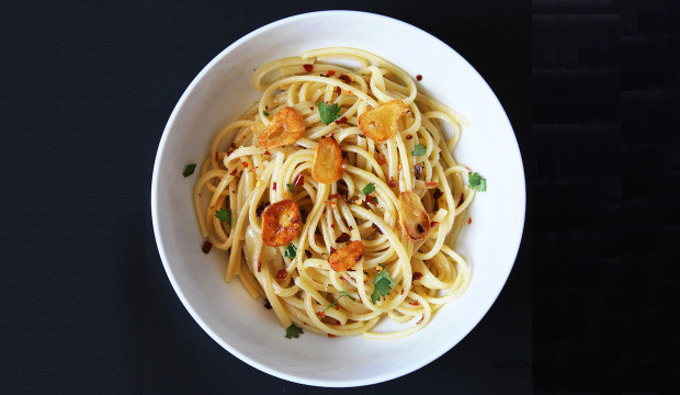 linguini pasta with garlic