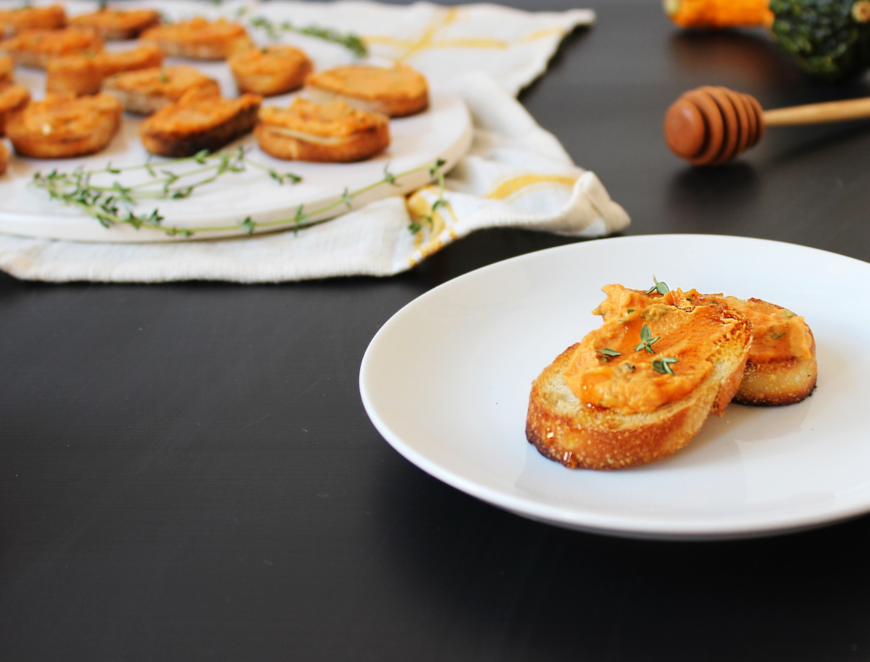 pumpkin-crostini-with-thyme-and-honey