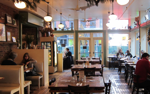 Bubby's Tribeca: Recommended by: Rosie Assoulin (Fashion Designer), Yale Breslin (Editor-in-Chief, Industrie Magazine)