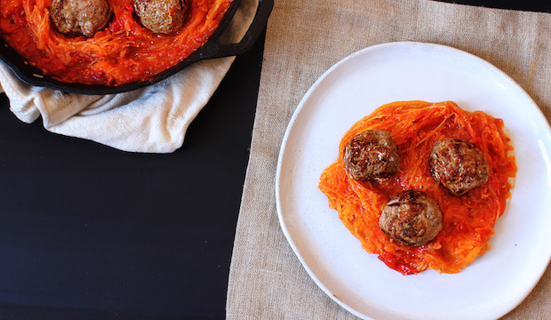 meatballs and spaghetti with tomato sauce