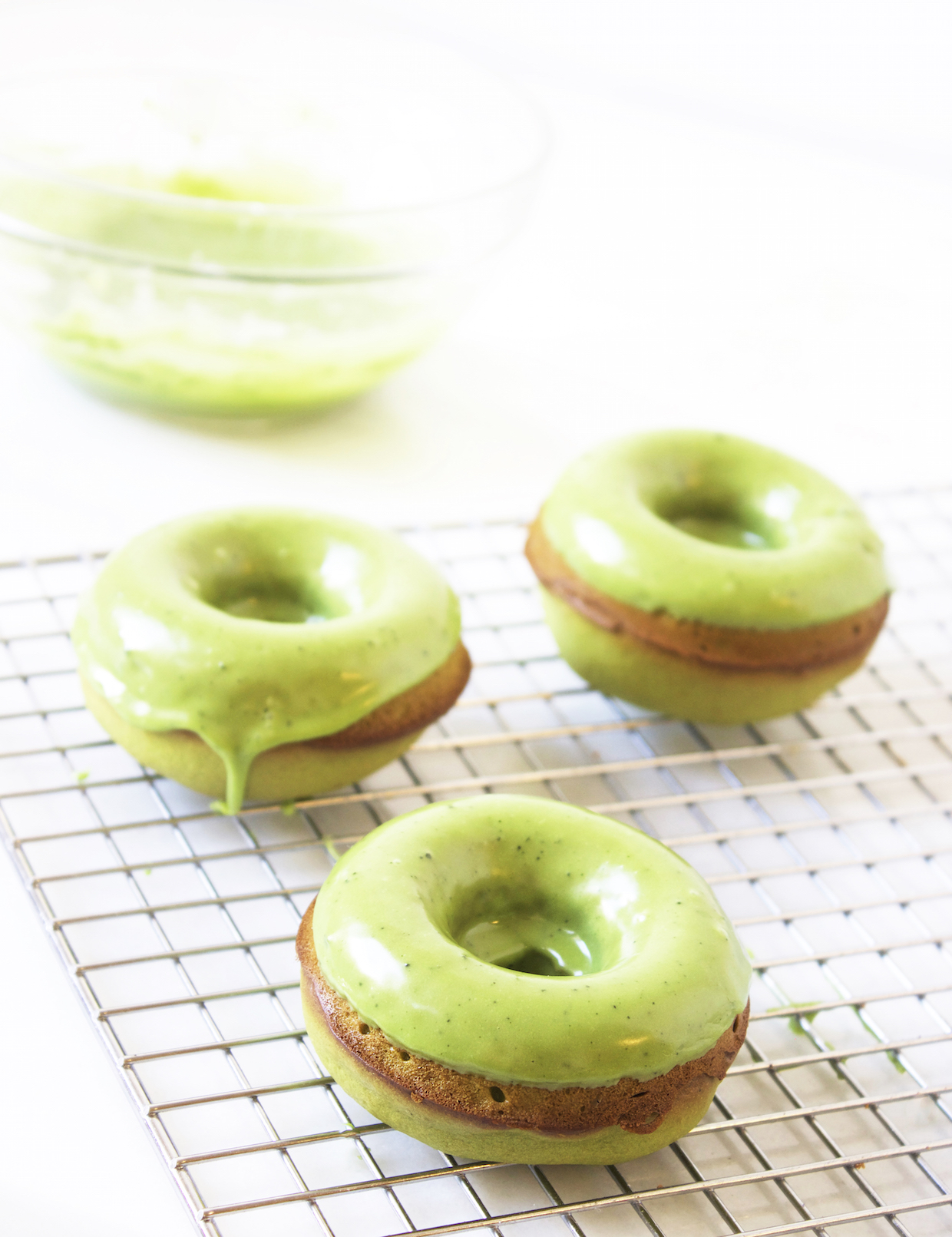 healthy-baked-doughnuts