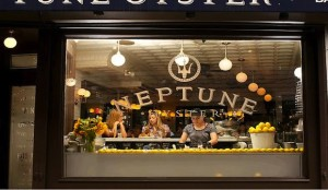 neptune-oyster-seafood-restaurant-north-end-boston