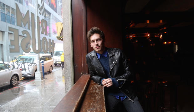 Nashville's Sam Palladio Is Just Like Gunnar: And Falls In Love if You Order Candy At The Movies