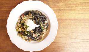 squid-ink-pasta-with-bacon-and-poached-egg