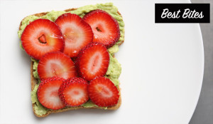 Avocado-toast-with-strawberries-recipe-easy-to-make