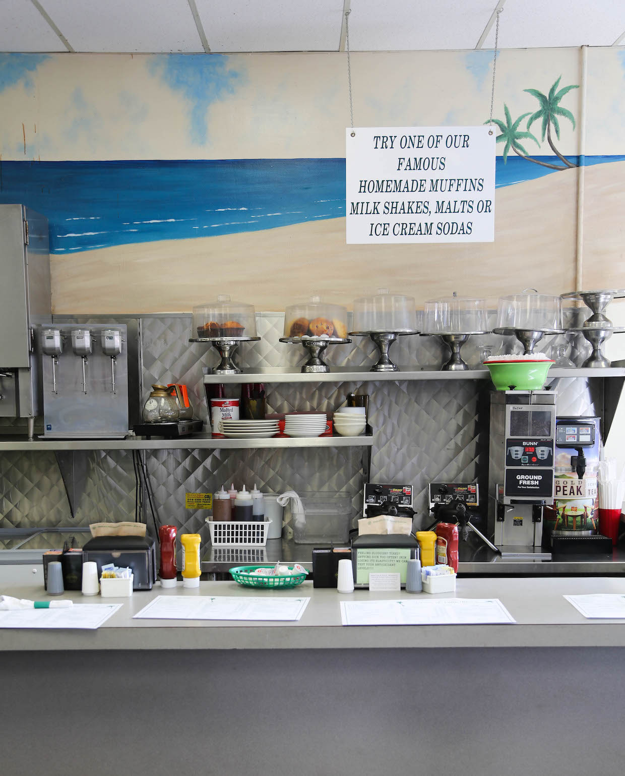 greens-pharmacy-counter-west-palm-beach-florida