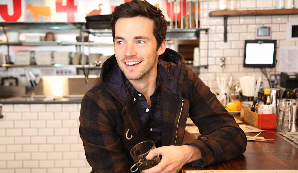 ian harding height in feet