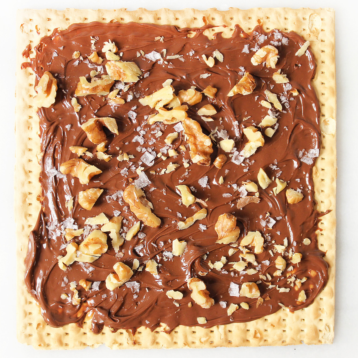 nutella-with-toasted-pecans-on-matzah