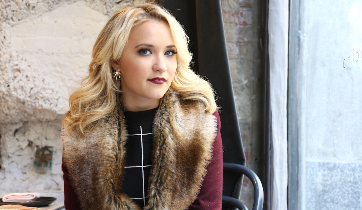 cleavage ICloud Emily Osment naked photo 2017