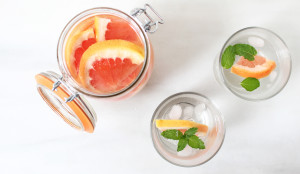 How to infuse vodka with fruit