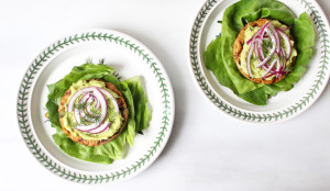 veggie-burger-with-avocado-red-onion-and-dill