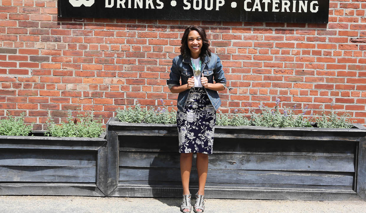 Stephanie Smith: The Woman Who Made 300 Sandwiches In Order To Get Engaged