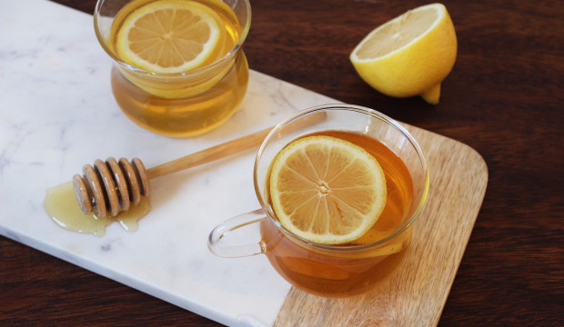 hot-toddy-recipe-with-honey-copy-620x360