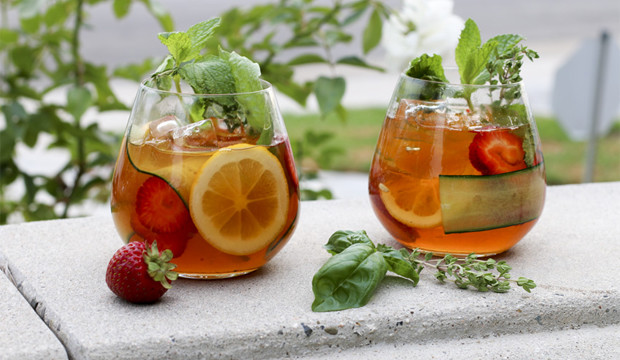 London, UK: Pimm's Cup - Get the recipe!