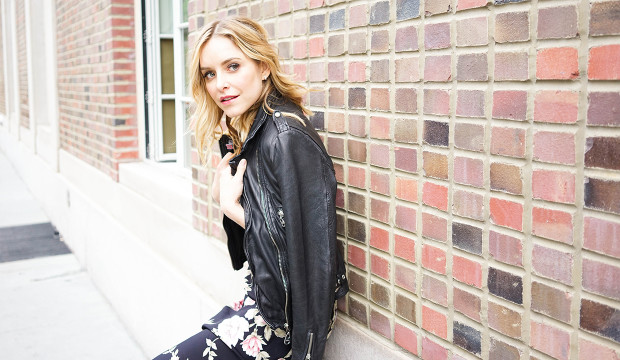 actress jenny mollen on chicken feet screwdrivers and motherly