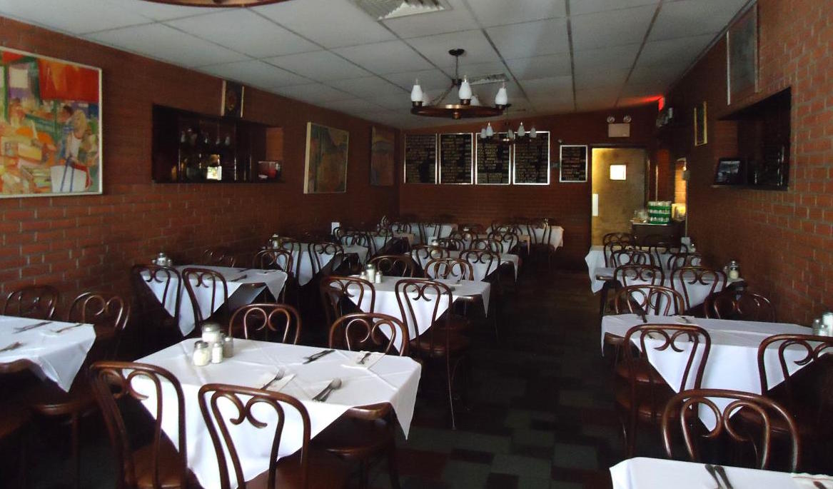 Villa Di Roma: Recommended by: Greg Vernick (Chef/Owner, Vernick Food & Drink)
