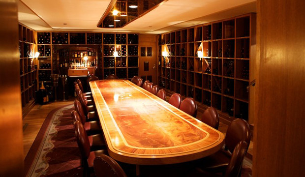 The Best Private Rooms In NYC. 21 Club, 21 W 52nd St. Dining In The Wine  Cellar Of One Of The Most Famous Former Speakeasies Means Truly Immersing  Yourself ...
