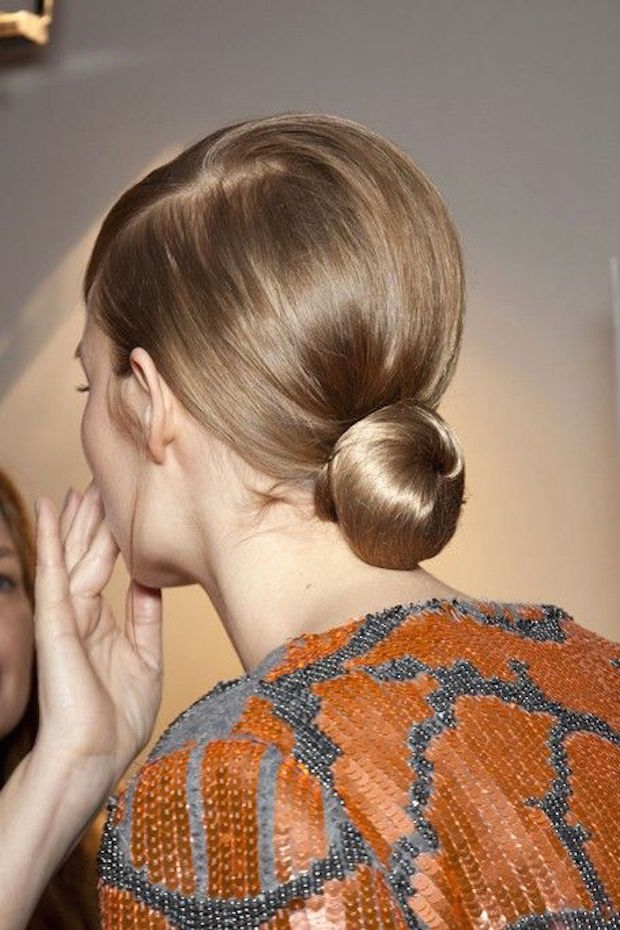 how-to-do-a-low-bun
