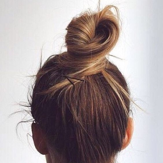 how-to-do-a-top-knot