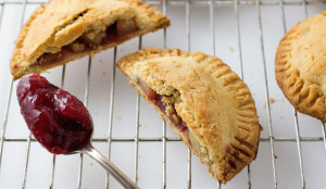 Apple Raspberry Hand Pies - Get the Recipe!