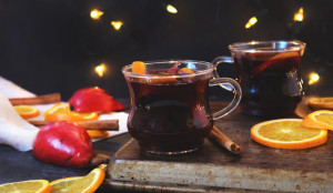 Spiced Pear Mulled Wine - Get the Recipe!