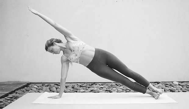 side-bend-pilates-move