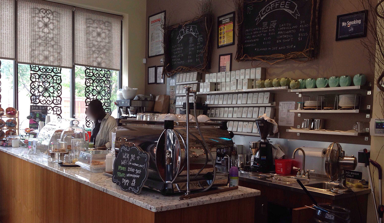 Tea Bar: Recommended By: Beth Behrs (Actress)