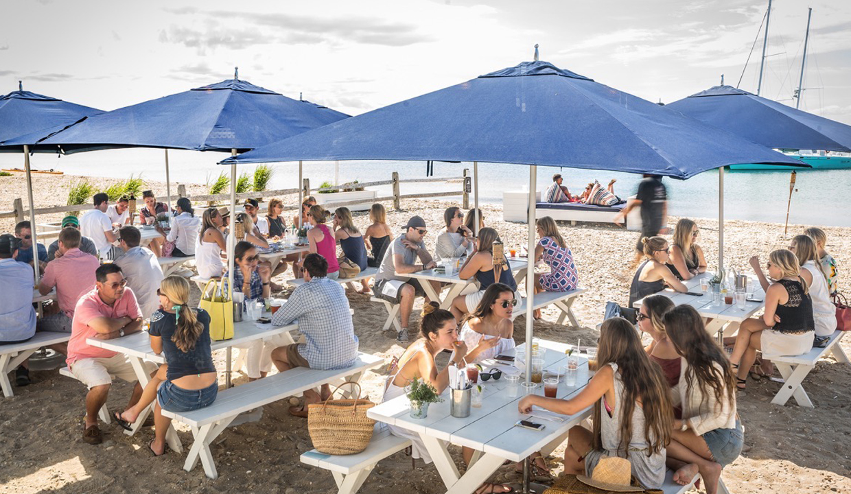 30 Amazing Hamptons Spots: You'll Definitely Be Eating & Drinking There This Summer.