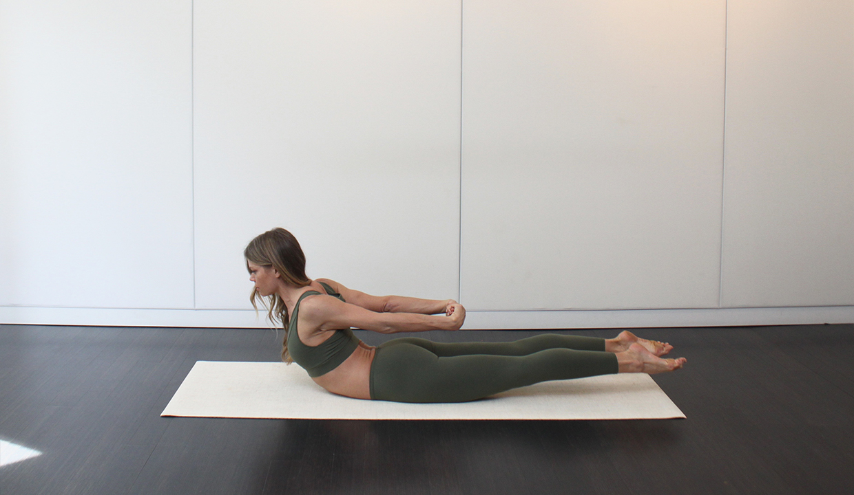 double-leg-kick-pilates