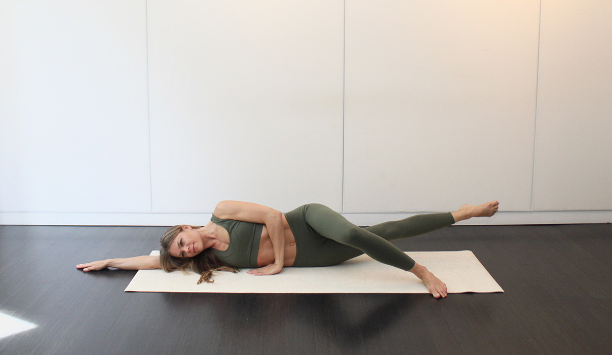 inner-thigh-circles-pilates