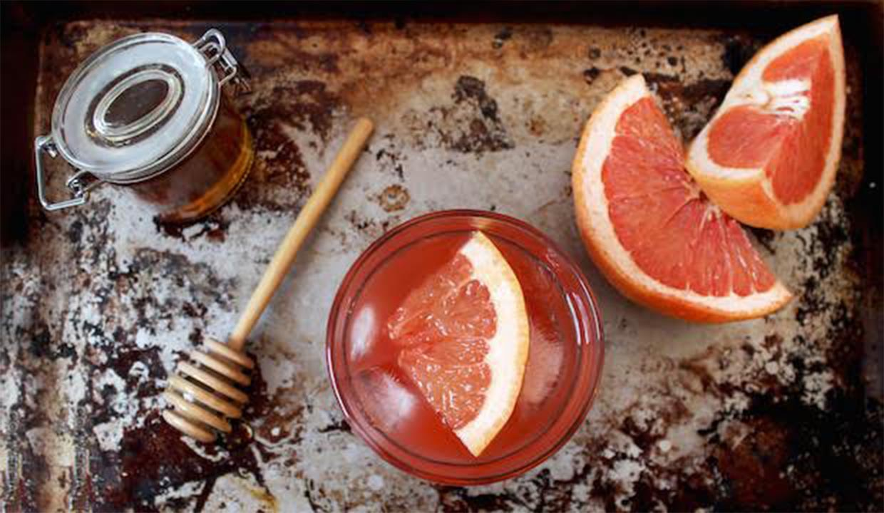 10 Low-Sugar Mixers: Clean Up Your Go-To Cocktail