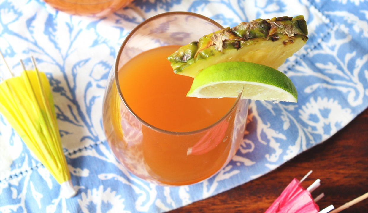 10 Cocktails To Celebrate The End Of Summer: Here's Looking At You, Rum Punch