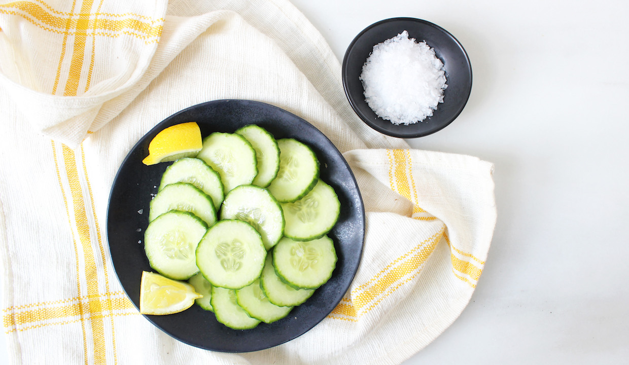 10 Hydrating Foods: & How To Eat For Better Skin!