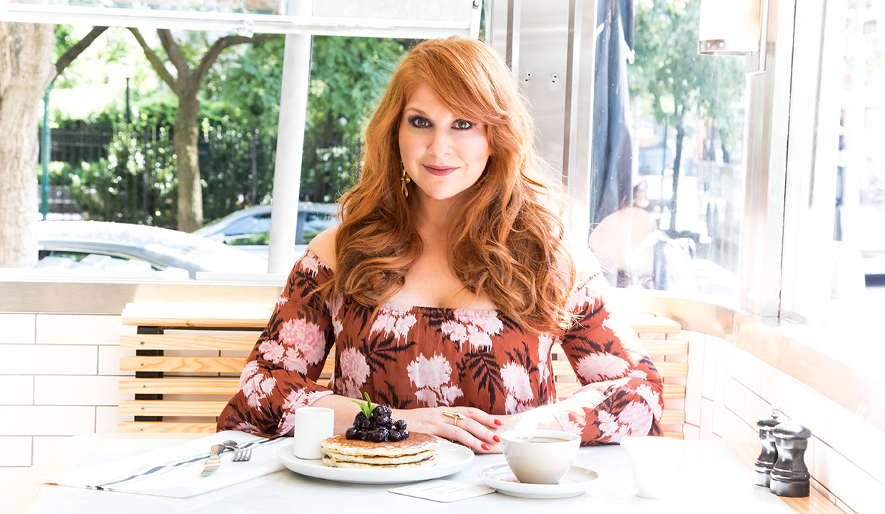 Difficult People's Julie Klausner: On Cautious Optimism, Amy Poehler & Meeting Your Idols