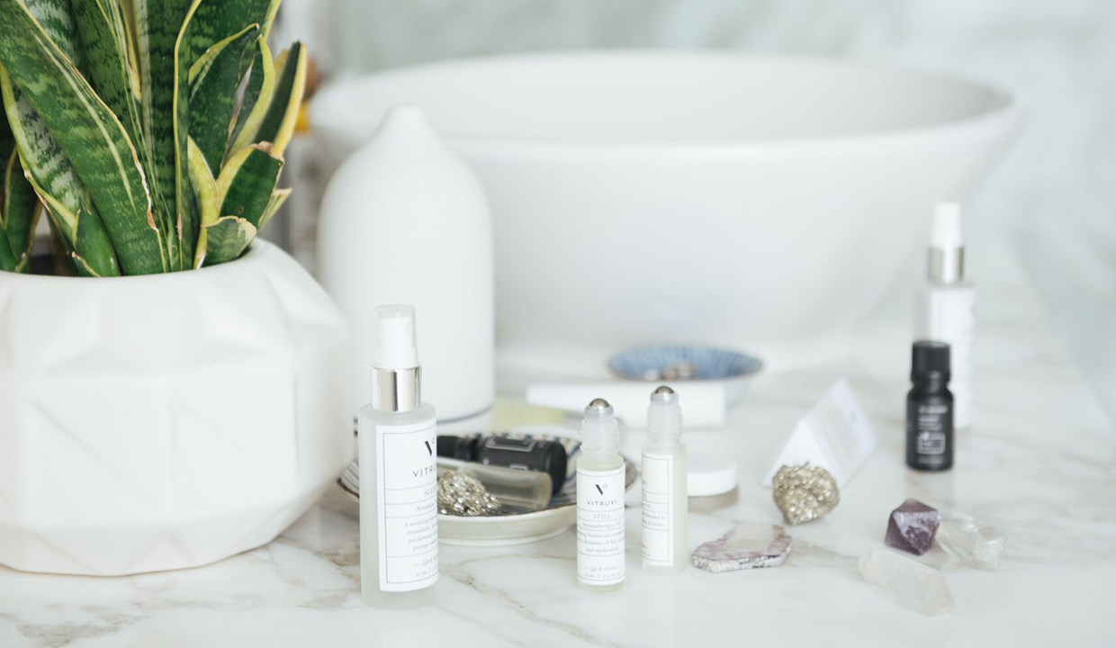 The 4 Best Essentials Oils For Sleep: And How To Use Them!