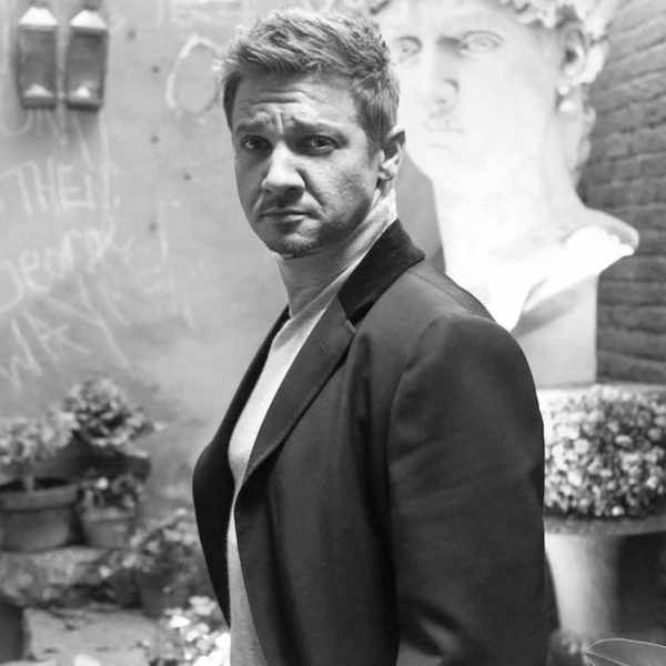 Jeremy Renner Says Women Have All the Answers