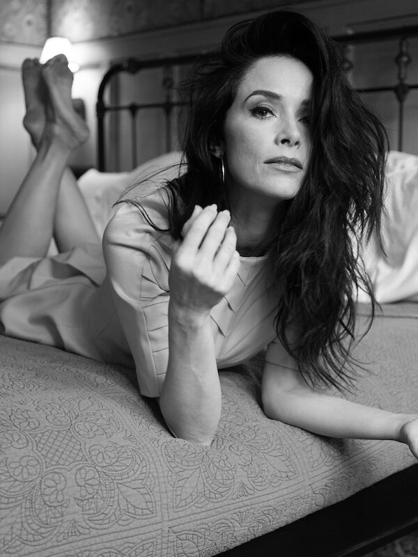 Abigail Spencer Says We Need The Mothers Behind The Camera